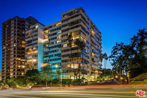 Photo of 10433 Wilshire Boulevard #1108, Los Angeles, CA 90024 (MLS # 21750884)