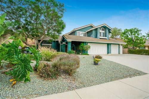 Photo of 870 Lynnmere Drive, Thousand Oaks, CA 91360 (MLS # 221003884)