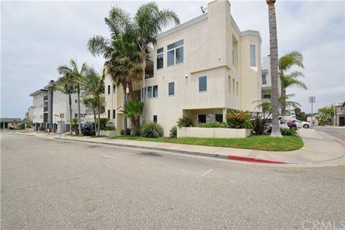Photo of 333 11th Street, Hermosa Beach, CA 90254 (MLS # SB20114884)