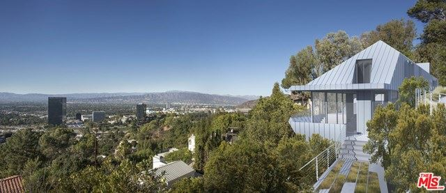Photo of 3528 Multiview Drive, Los Angeles, CA 90068 (MLS # 20599884)