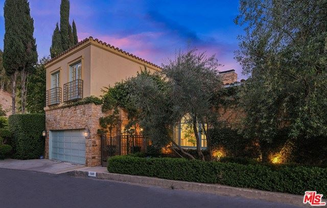 Photo for 1569 Lindacrest Drive, Beverly Hills, CA 90210 (MLS # 21725884)