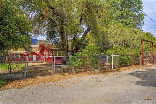 Photo of 39415 Calle Cascada, Green Valley, CA 91390 (MLS # SR20063885)