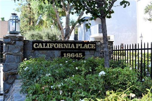 Photo of 18645 Hatteras Street #274, Tarzana, CA 91356 (MLS # SR20124885)