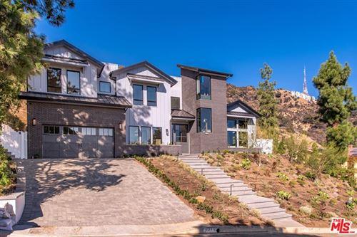 Photo of 6341 Innsdale Drive, Los Angeles, CA 90068 (MLS # 20622886)