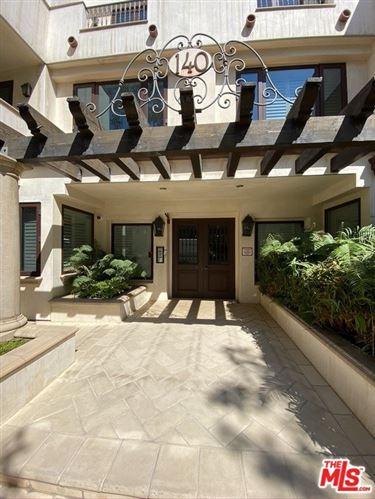 Photo of 140 S Oakhurst Drive #401, Beverly Hills, CA 90212 (MLS # 20650886)