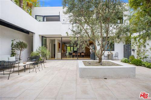 Photo of 634 Kingman Avenue, Santa Monica, CA 90402 (MLS # 21781886)