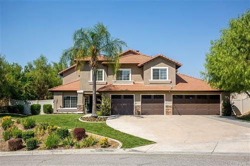 Photo of 12208 Vista Crest Drive, Yucaipa, CA 92399 (MLS # IV21203886)