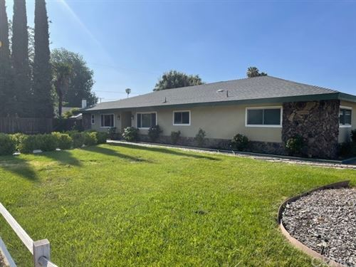 Photo of 3571 park Avenue, Hemet, CA 92544 (MLS # SW21097886)
