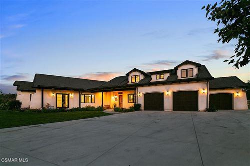 Photo of 15645 Lapeyre Road, Moorpark, CA 93021 (MLS # 221003887)