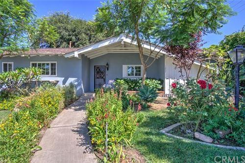 Photo of 12472 Woodlawn Avenue, Tustin, CA 92780 (MLS # OC20151887)