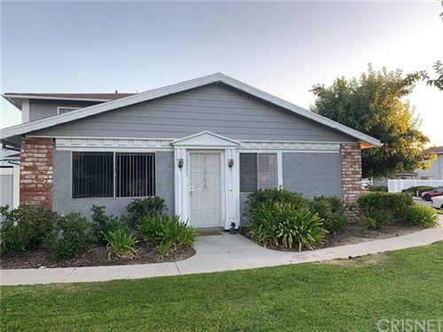 Photo of 20714 Dot Street, Saugus, CA 91350 (MLS # SR20149887)