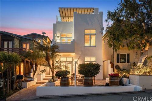 Photo of 541 4th Street, Manhattan Beach, CA 90266 (MLS # SB21036888)