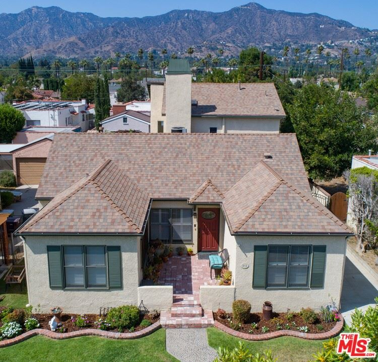 Photo of 813 Patterson Avenue, Glendale, CA 91202 (MLS # 21763888)
