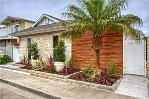 Photo of 242 Colton Street, Newport Beach, CA 92663 (MLS # NP19149890)