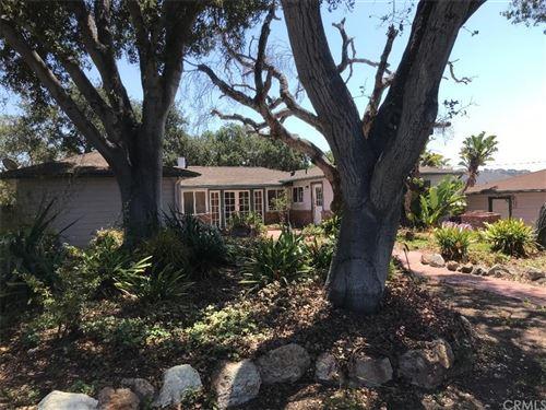 Photo of 560 Oak Hill Road, Arroyo Grande, CA 93420 (MLS # SC21158890)