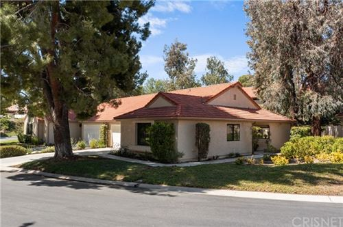 Photo of 20067 Avenue Of The Oaks #214, Newhall, CA 91321 (MLS # SR21129890)