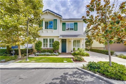 Photo of 114 Summit Pointe, Lake Forest, CA 92630 (MLS # TR21208890)