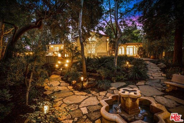 Photo of 5000 Arundel Drive, Woodland Hills, CA 91364 (MLS # 21750890)