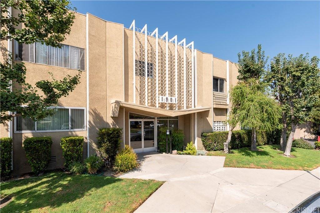 1901 Peyton Avenue #J, Burbank, CA 91504 - MLS#: SR21206890