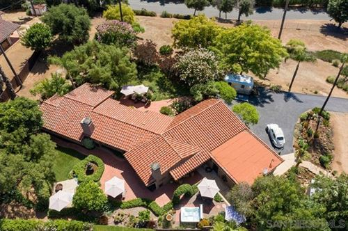 Photo of 2613 Loma Vista Dr, Escondido, CA 92025 (MLS # 200030891)