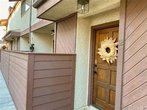 Photo of 19442 Wyandotte Street #12-A, Reseda, CA 91335 (MLS # DW20216891)