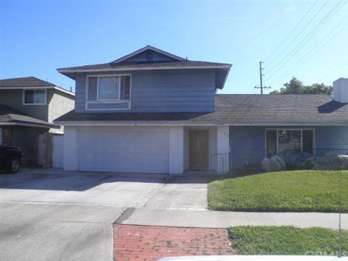 Photo of 1702 E Fruit Street, Santa Ana, CA 92701 (MLS # PW21178891)