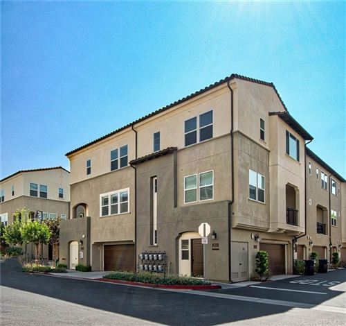 Photo of 928 E Twill Court, Anaheim, CA 92802 (MLS # PW21208891)