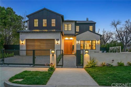 Photo of 5041 Noeline Avenue, Encino, CA 91436 (MLS # SR21029891)