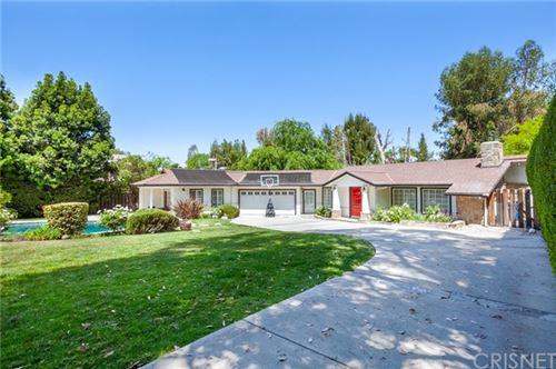 Photo of 18433 Tarzana Drive, Tarzana, CA 91356 (MLS # SR21097891)