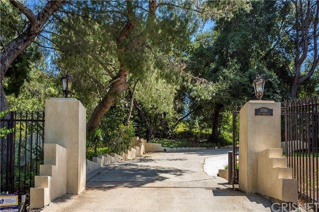 Photo of 3598 Alta Mesa Drive, Studio City, CA 91604 (MLS # SR20147891)