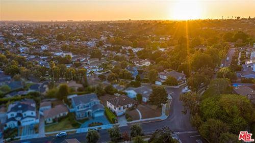 Photo of 9232 Beverlywood Street, Los Angeles, CA 90034 (MLS # 20609894)