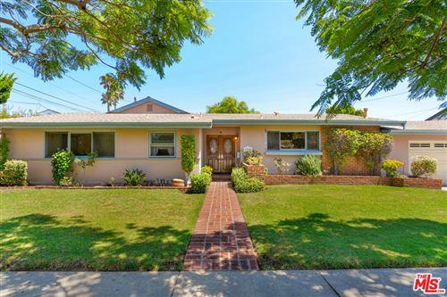 Photo of 3310 Meier Street, Los Angeles, CA 90066 (MLS # 21777894)