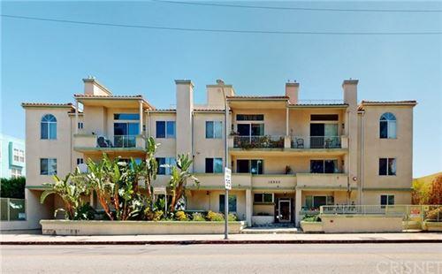 Photo of 16940 Chatsworth Street #102, Granada Hills, CA 91344 (MLS # SR20146894)