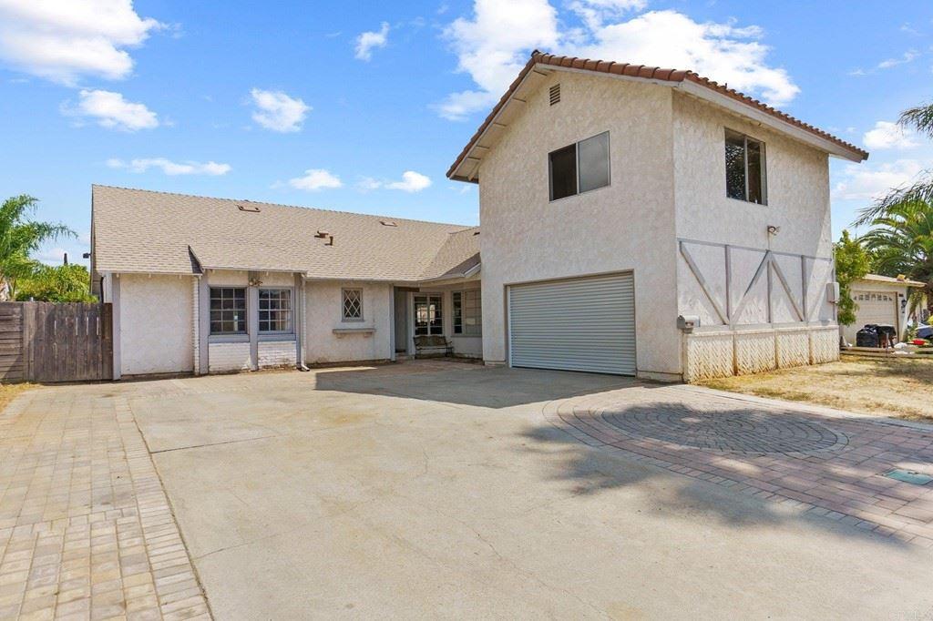 2111 Wilson Place, Escondido, CA 92027 - MLS#: NDP2109894