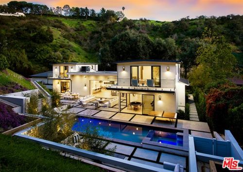 Photo of 9509 GLOAMING Drive, Beverly Hills, CA 90210 (MLS # 20557896)