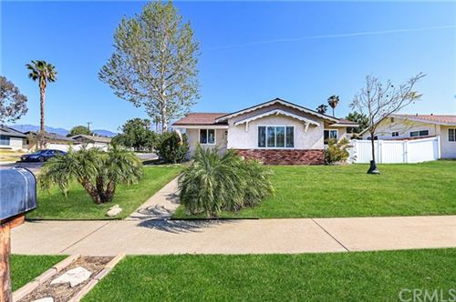 Photo of 9230 Persimmon Avenue, Rancho Cucamonga, CA 91730 (MLS # SW21086896)