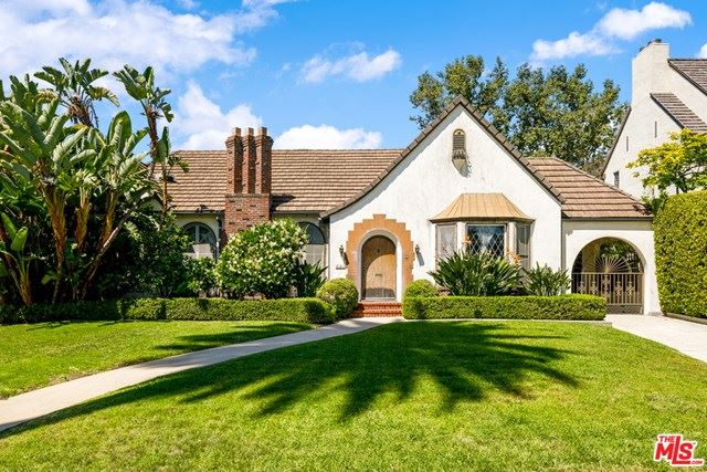 Photo of 521 N HILLCREST Road, Beverly Hills, CA 90210 (MLS # 20577896)