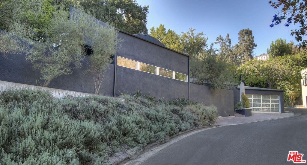 3239 LEDGEWOOD Drive, Los Angeles, CA 90068 - MLS#: 21784896