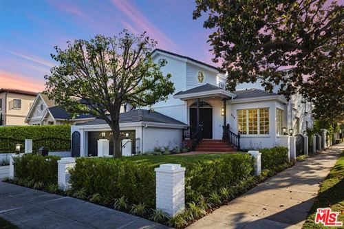 Photo of 219 N OAKHURST Drive, Beverly Hills, CA 90210 (MLS # 20546898)