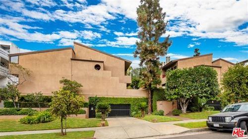 Photo of 6665 Franklin Avenue #1, Los Angeles, CA 90028 (MLS # 21778898)