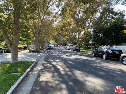 Tiny photo for 12309 Cantura Street, Studio City, CA 91604 (MLS # 21785898)