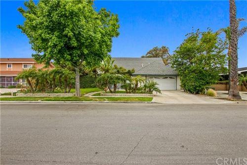 Photo of 1411 S Pembrooke Lane, Anaheim, CA 92804 (MLS # CV21099898)