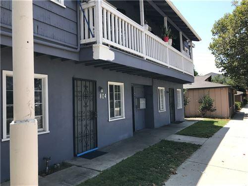 Photo of 802 E 17th Street, Santa Ana, CA 92701 (MLS # PW21164898)