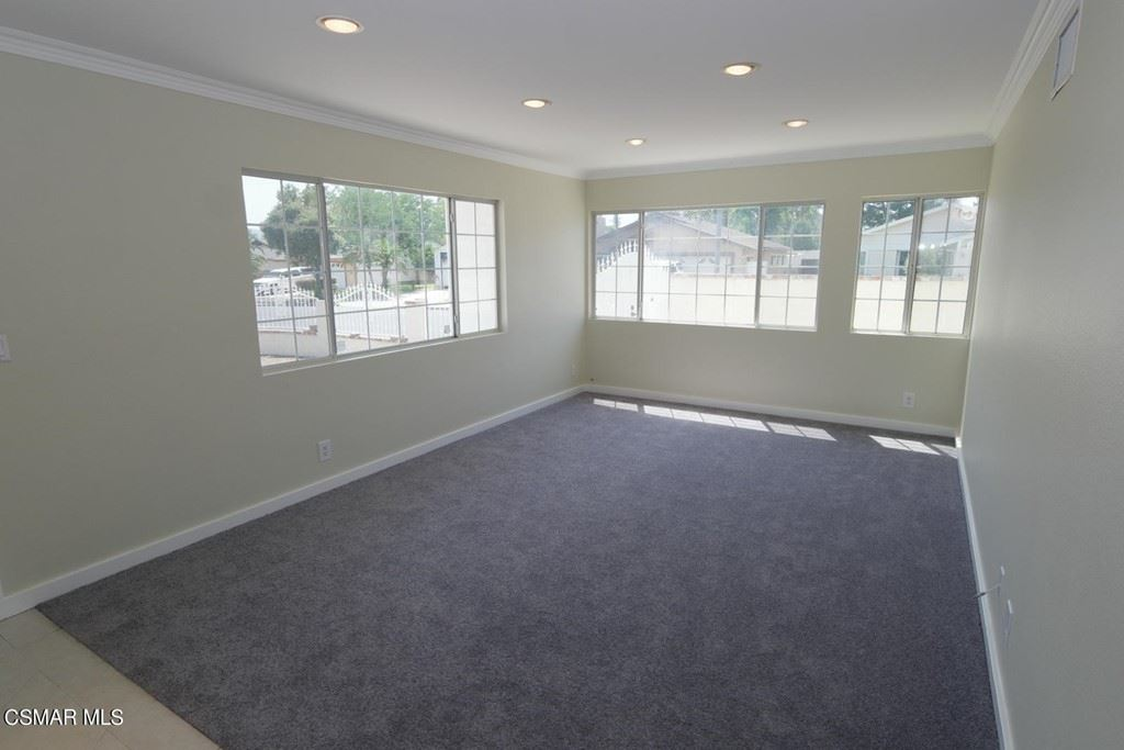 Photo of 3813 Merrill Court, Simi Valley, CA 93063 (MLS # 221003898)