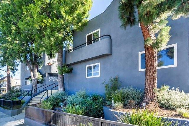 Photo for 5706 Fair Avenue #210, North Hollywood, CA 91601 (MLS # BB21037898)
