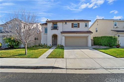 Photo of 27234 Cloverhurst Place, Canyon Country, CA 91387 (MLS # SR20008899)
