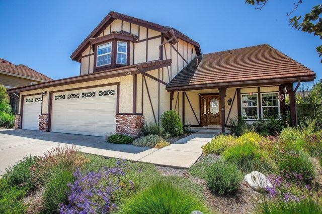 Photo of 969 Saddlehorn Place, Newbury Park, CA 91320 (MLS # 220006899)