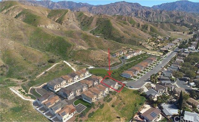 11881 W Terra Vista Way #101, Los Angeles, CA 91342 - MLS#: PF21055899