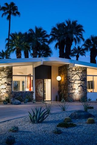 Photo of 810 Rose Avenue, Palm Springs, CA 92262 (MLS # 219032378PS)