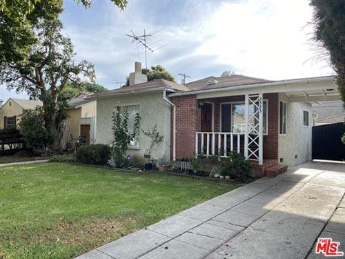 Photo of 2523 S Bentley Avenue, Los Angeles, CA 90064 (MLS # 20653900)